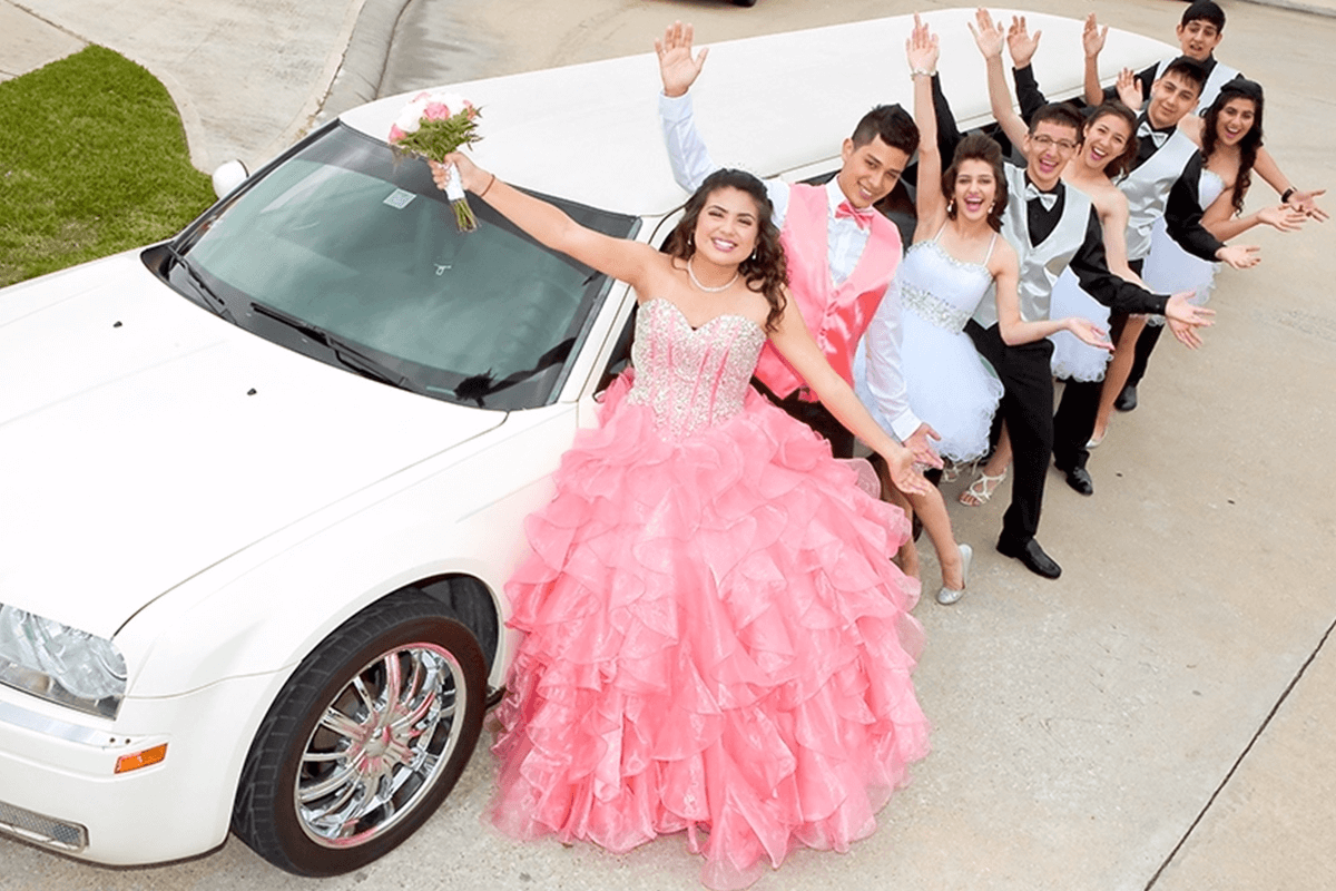 Quinceaneras limousine
